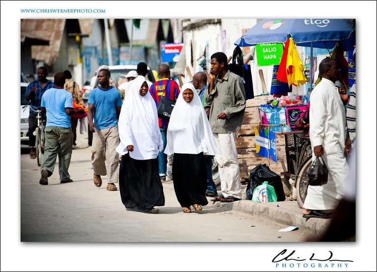 Muslim women in the street, Stonetown Zanzibar Photos.