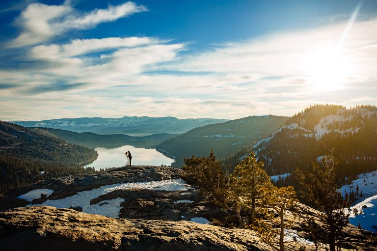 Are you planning a Lake Tahoe wedding? For many couples, the best photographer will capture beautiful landscapes as well as candid photos.